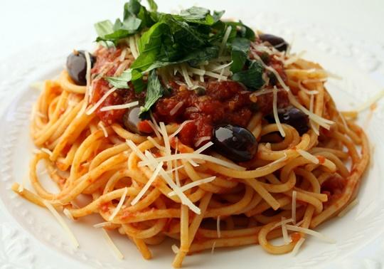 Pasta-Puttanesca-540w