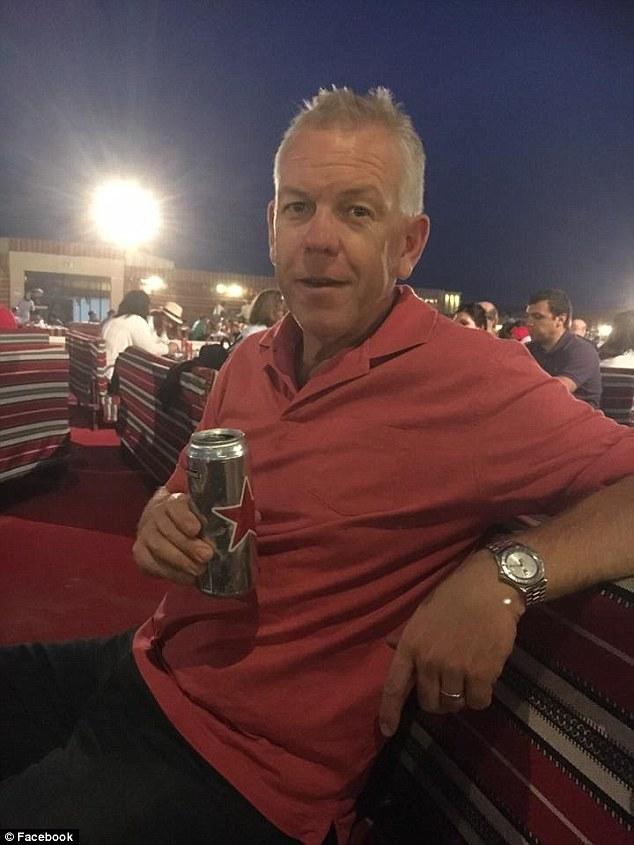 sapol-grant-stevens-drinking-beer-dubai
