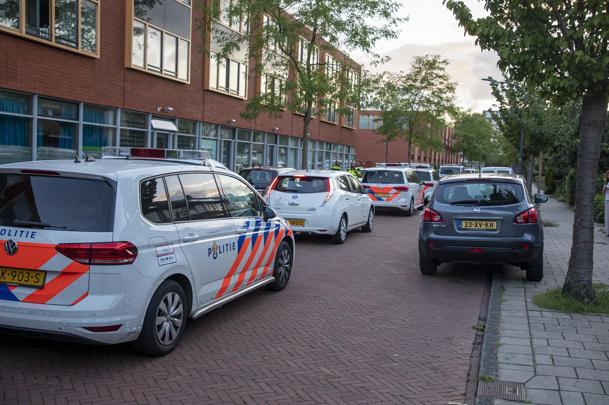 Grote politie-inzet rondom het Monacopad in Haarlem