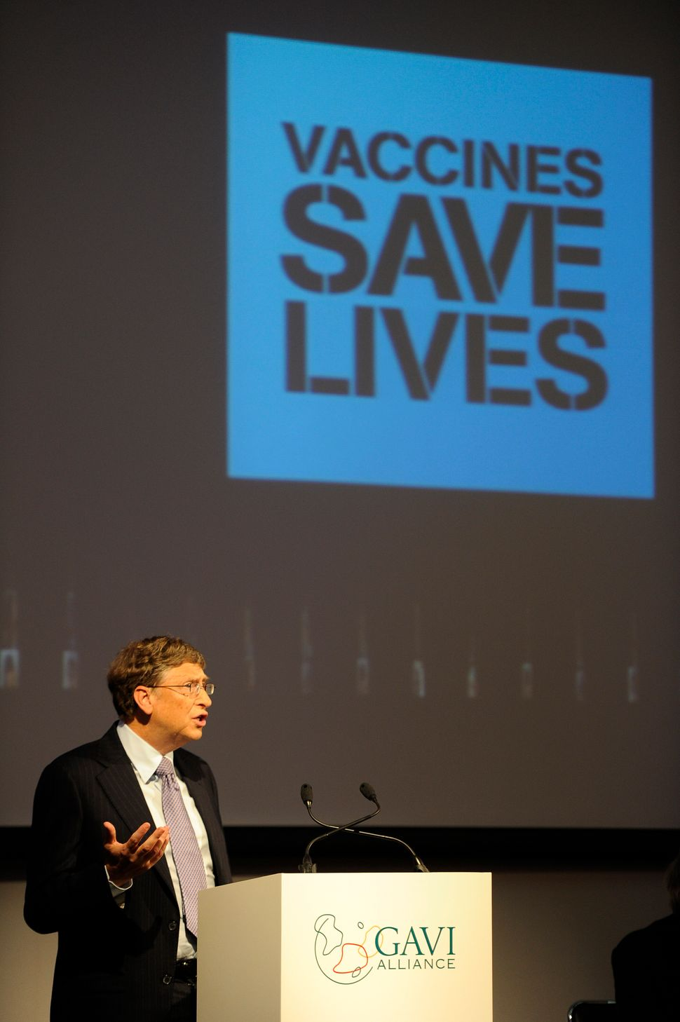 gates-vaccines-save-lives
